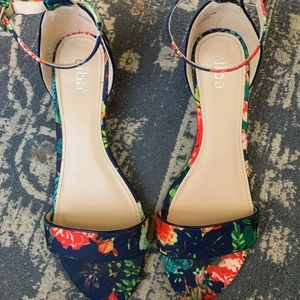 Diba Shoes - Diba 1.5 inch navy with floral heel